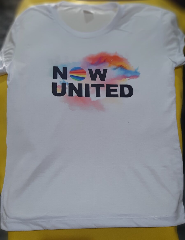 Camiseta branca infantil personalizada